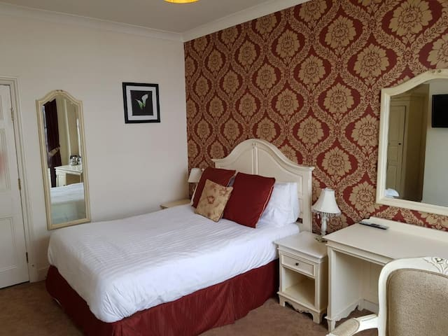 The Feathers, Double Room, Room only (Rm 10)