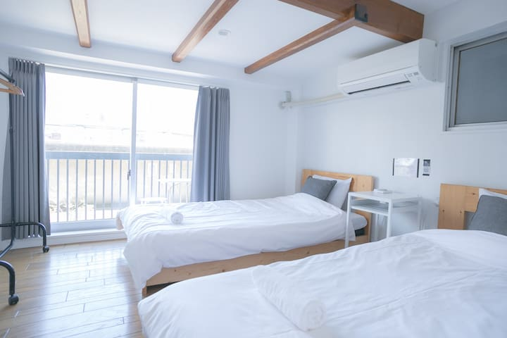 Twin Private Room @ 1 min from Asakusa Station