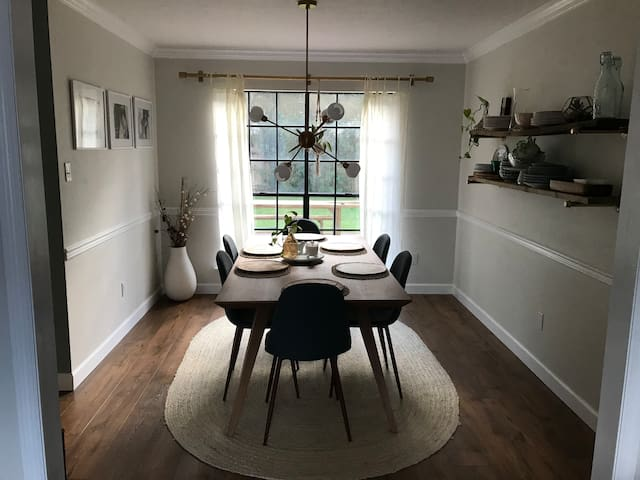 Eclectic home: a short drive from the stadium!