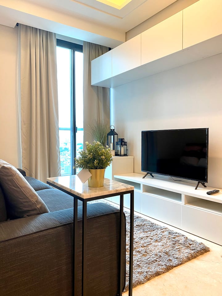 Lux 3 bedroom apartment in the heart of Jakarta