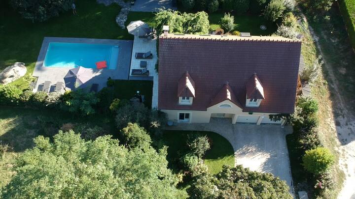 Maison avec piscine privée, sécurisée et chauffée