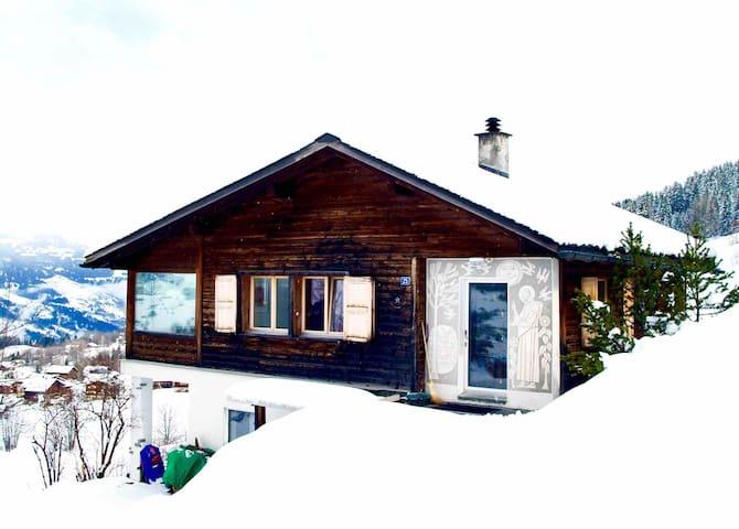 Wunderschönes Chalet in Obersaxen, Surselva