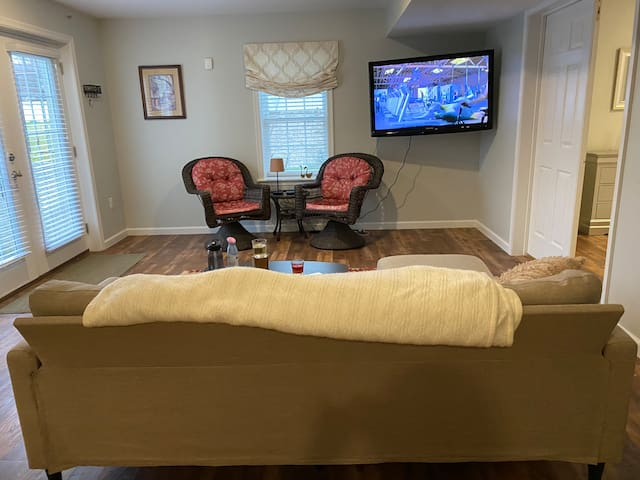 Beautiful apartment in the heart of Fredericksburg