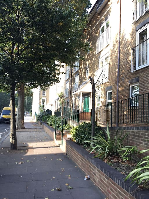 Manchester Road outside apartments