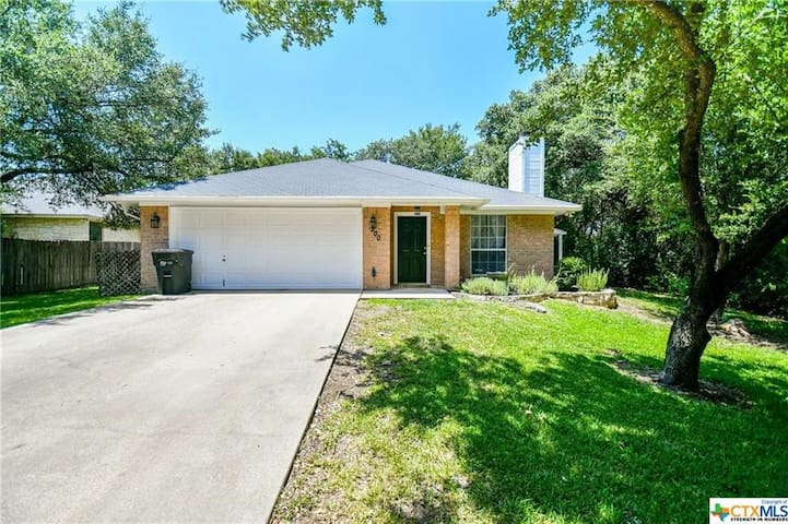 Charming home near Lake Belton