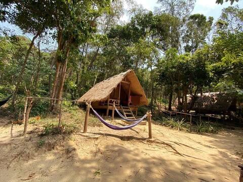 Goedkope bungalow met uitzicht op zee