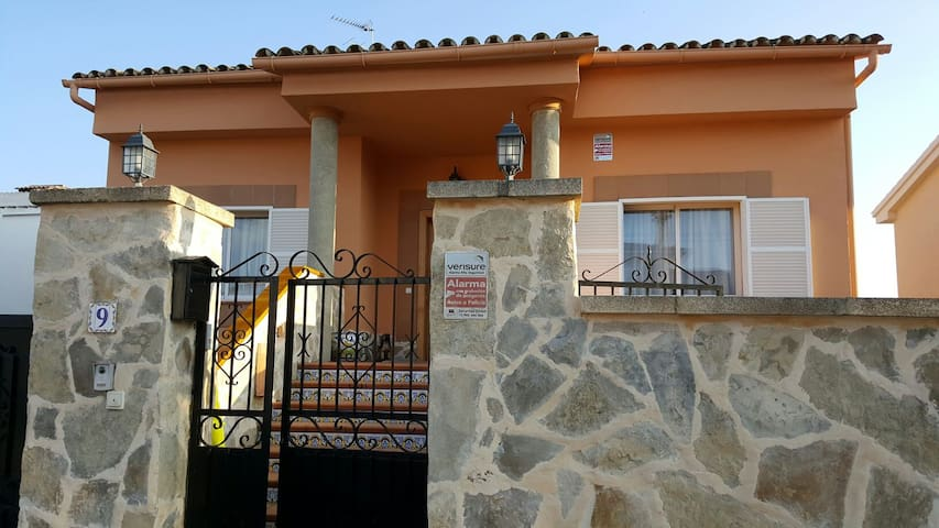 Coqueto y soleado Apartamento - Son Ferrer