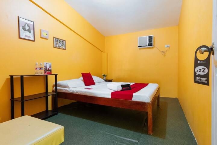 C Hostel - Room B4