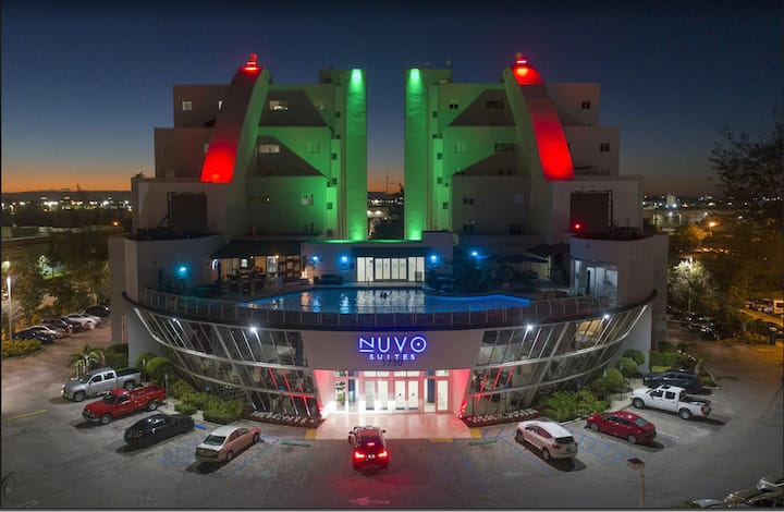 Nuvo Suites - Suite near Dolphin & Int. Mall