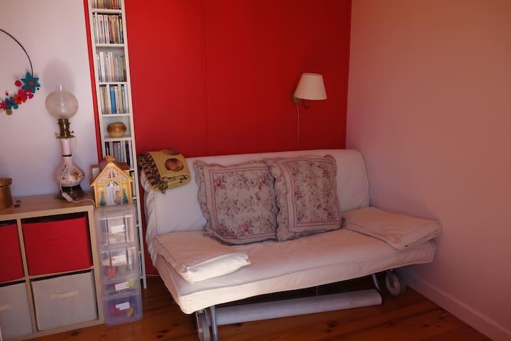 La deuxième chambre avec canapé lit double 160x200
