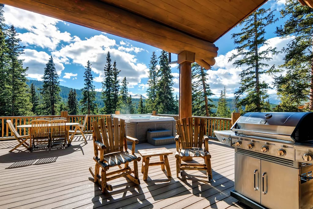 Hot Tub, BBQ Gas Grill and Outdoor Fireplace complete the outdoor space
