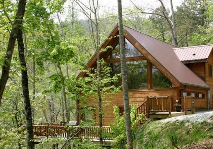 White Tail Hollow - Bryson City - Cabin