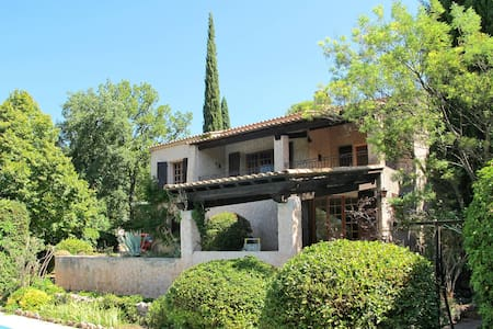 100 m² holiday house in Lorgues - Lorgues