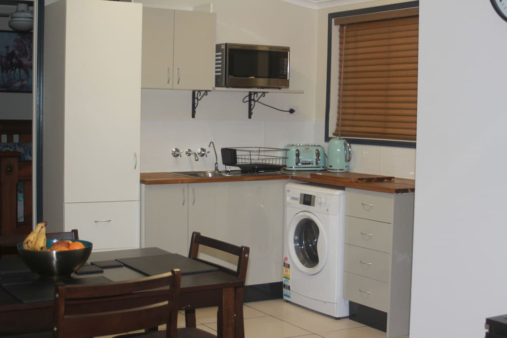 Kitchenette and laundry facilities