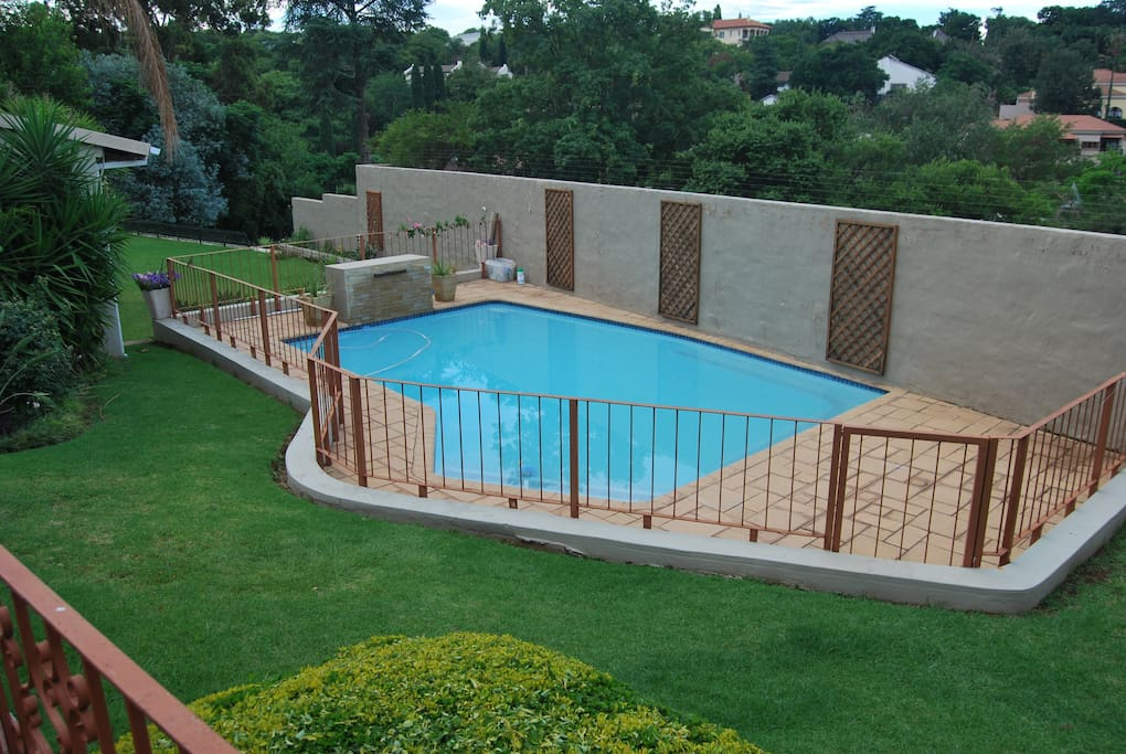 Access to pool, terrace, brie and garden