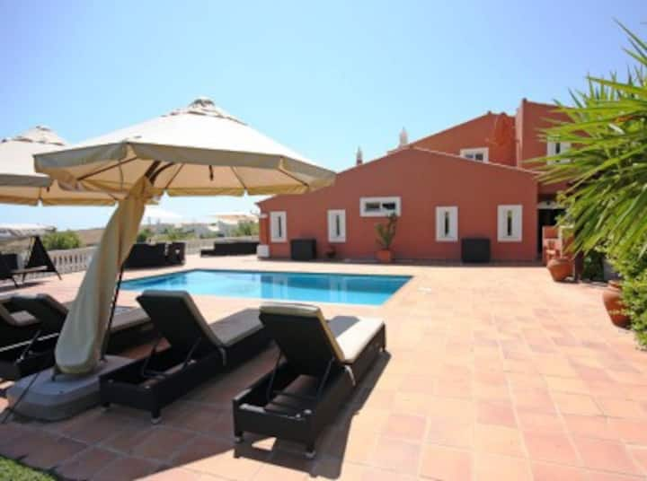 Luxury Villa on Golf Resort, Private pool & Garden