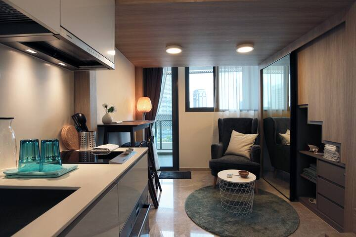 City-located studio loft apartment *BRAND NEW*