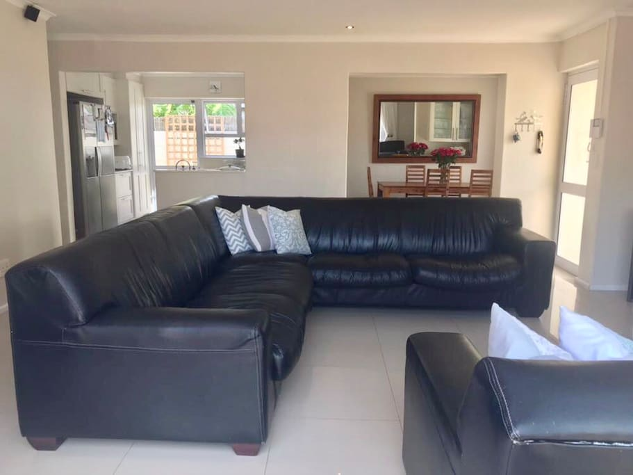 10 Seater Leather Couch