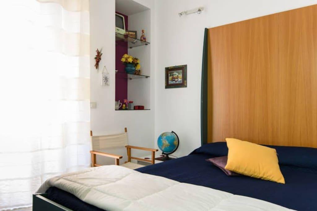 Stanza con bagno letto matrimoniale appartamenti in affitto a siracusa sicilia italia - Stanza con bagno privato roma ...