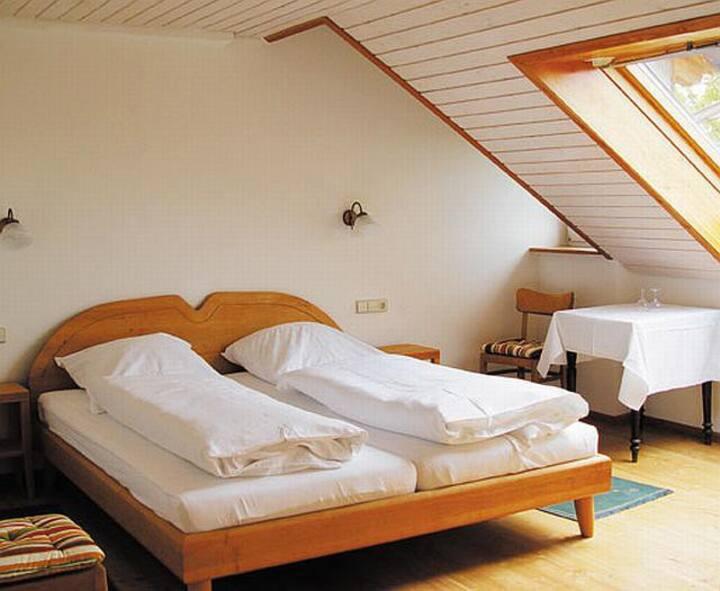 Gasthaus zur Krone, (Freiamt), Doppelzimmer mit WC und Dusche