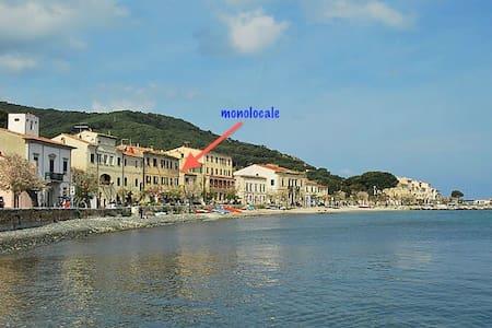 MONOLOCALE MARCIANA MARINA - ISOLA D'ELBA - Marciana Marina