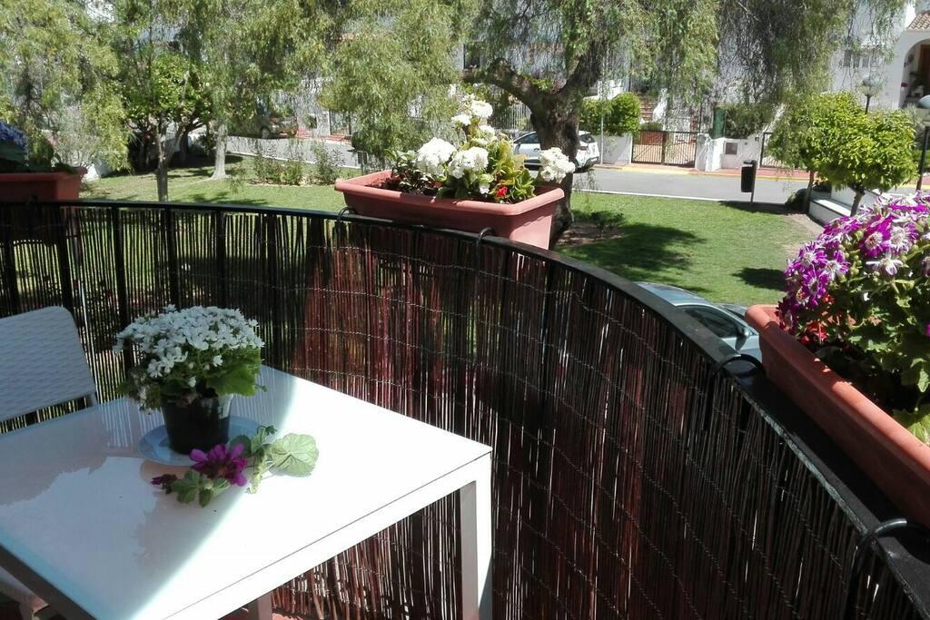 Es una terraza que tiene muy buena orientación y ventilación,