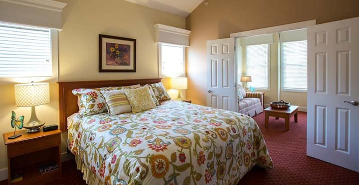 Charming 2 Bedroom Williamsburg Resort