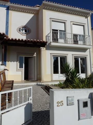 Maison Salir Do Porto - Salir do Porto - Talo