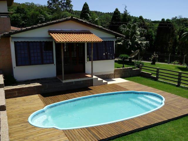 Casa de Campo Belmonte Village  em Urussanga SC