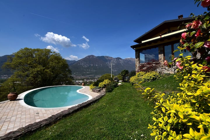 Classy Villa in Pisogne with Garden, BBQ, Pool, Sun-loungers