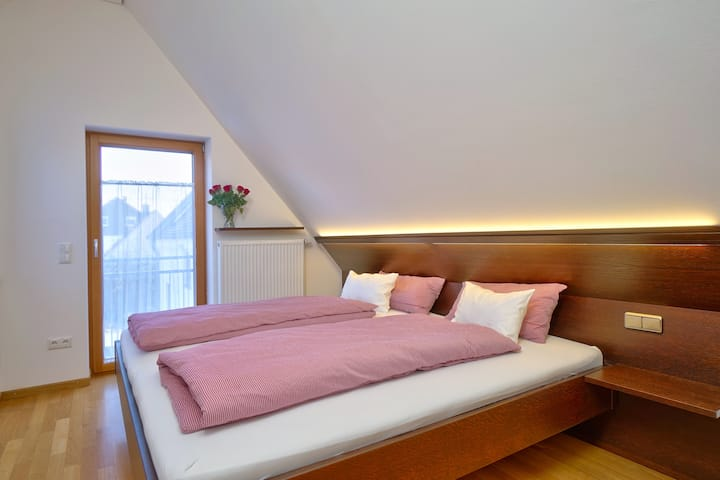 new guestroom, near MUC, BAUMA, Therme Erding