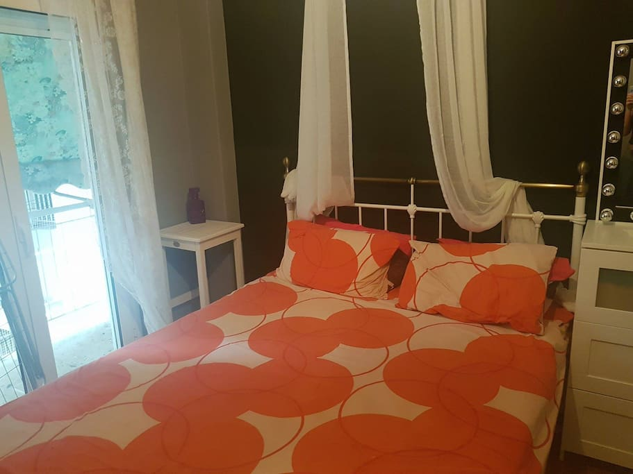 Beautiful, clean and quite bedroom with pricate balcony, personal A/C and cd player