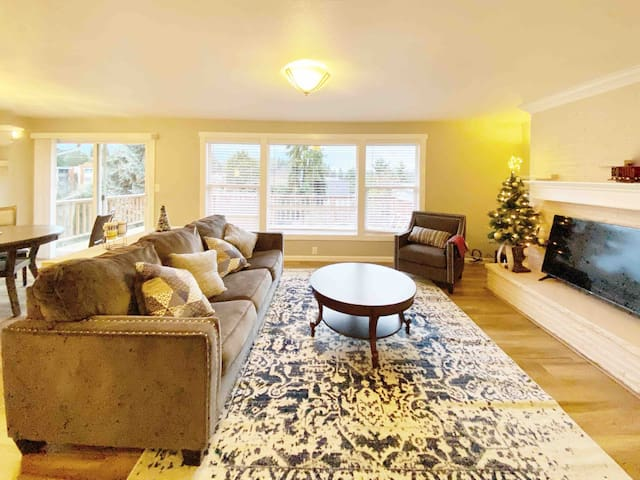 The whole ground floor in New remodeled house