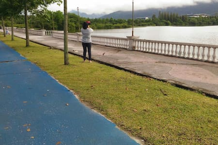 Many lake surrounding.jogging track - George Town