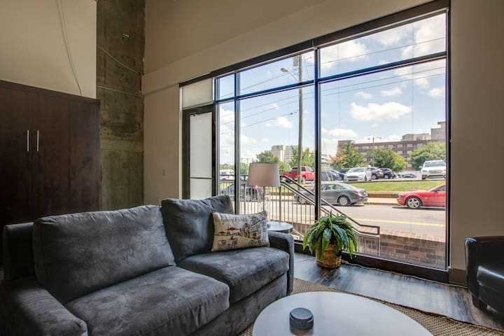 Midtown Luxury Loft in Downtown Nashville