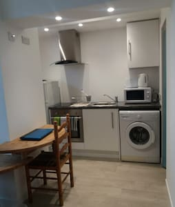 Ground Floor flat in Building close to Beach