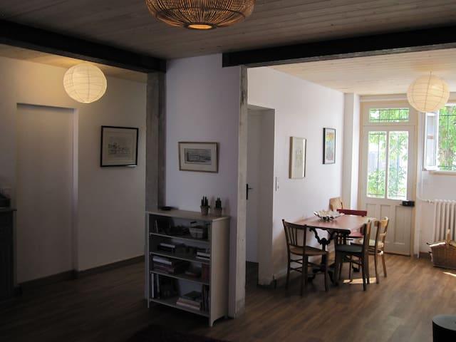Maison 3 chambres 85 m2 jardin 3 chambres