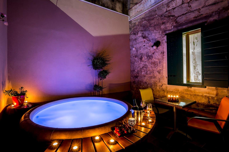 Villa Palace 4 rooms 3 bath jacuzzi - Villas for Rent in Split ...