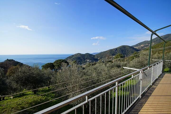 Seaview home between Levanto and Bonassola