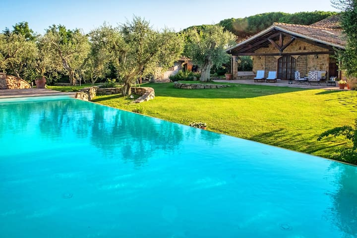 Villa Capalbio – Holiday rental with swimming pool in Maremma, Tuscany