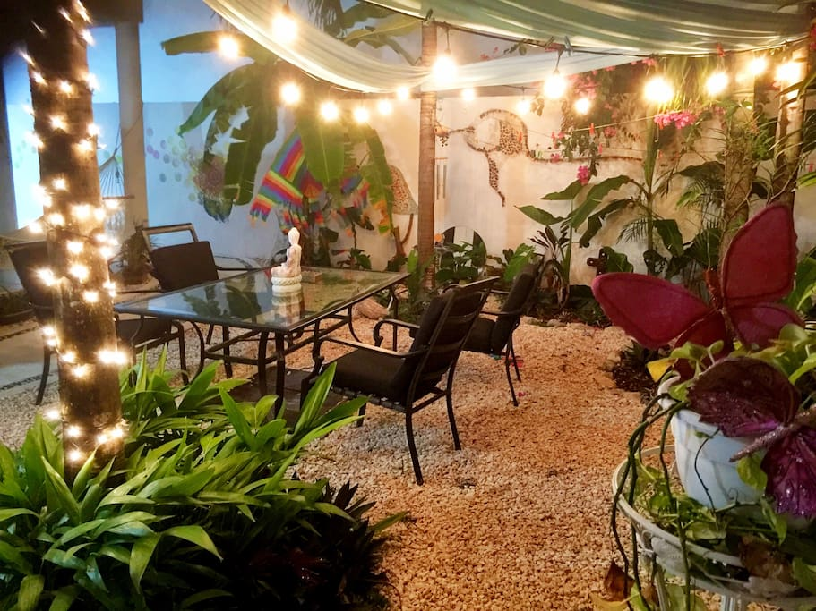Enjoy the garden in the shade during the day and for dinner at night!