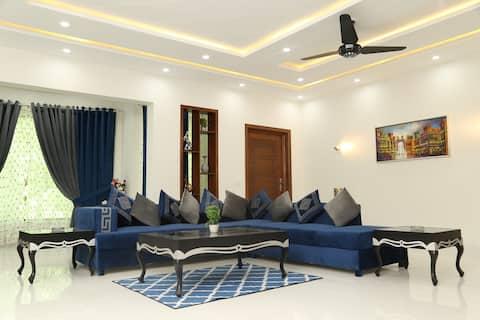 Razi Lounge: 3br Felső rész 1000sqy,WAPDA város