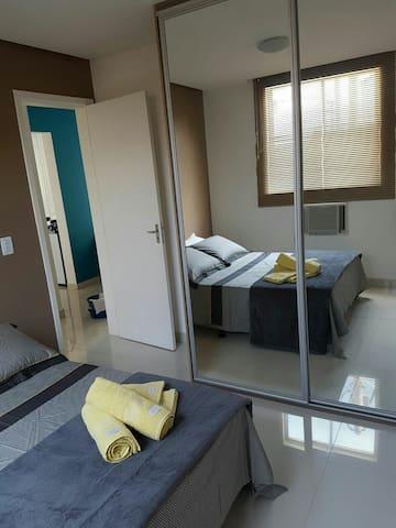 2 bdrs / 1 trade sofa/ confortable, useful apart - Macaé - Appartement