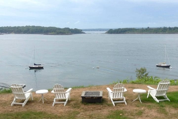 3BR with Stunning Sunset views of Casco Bay! - Portland - Rumah