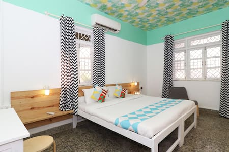 OYO-Elegant 1BHK apartment(You've hit the Jackpot)