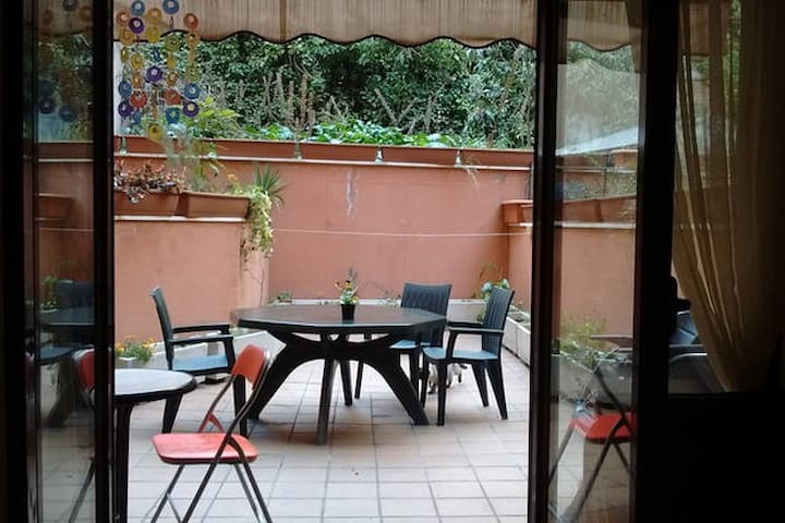 Nice Quiet Loft  with huge terrace in city center - Madrid - Loft