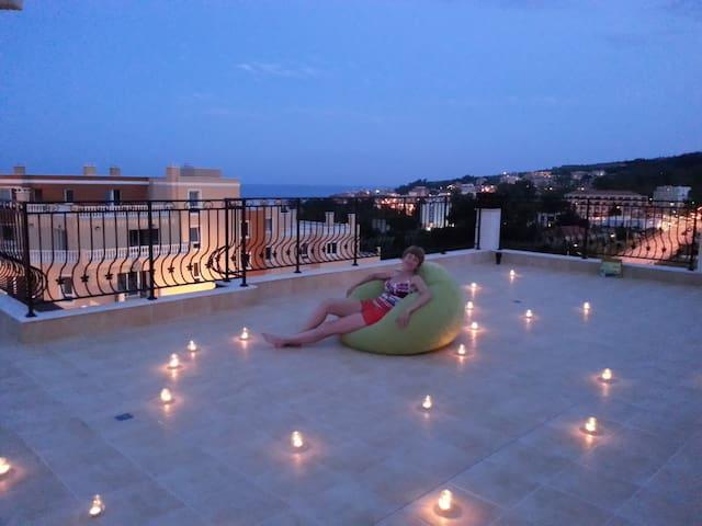 Апартамент с панорамным видом на море - Byala - Apartemen