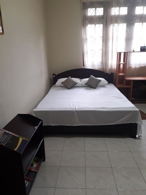 Bed room with Queen bed + attached bathroom (Additional Room)