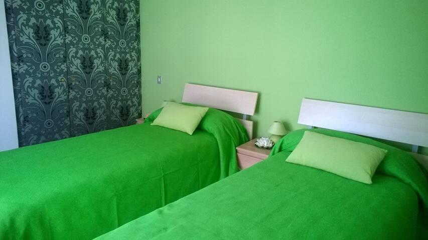 Camera doppia/matrimoniale con balcone - Montesilvano - Bed & Breakfast