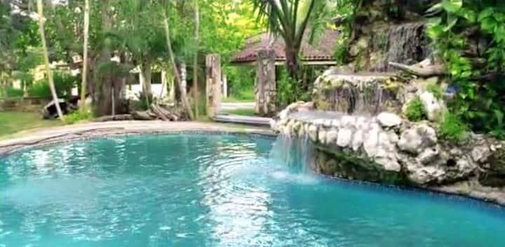 Casa La Cascada 10 pers max en Mansión del Rio
